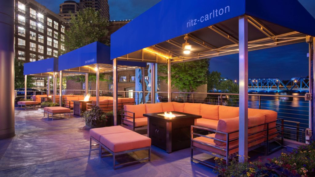 JW Marriott Grand Rapids Cabanas